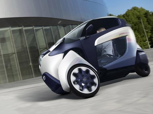 Новая модель тривиллера «Toyota i Road EVs»