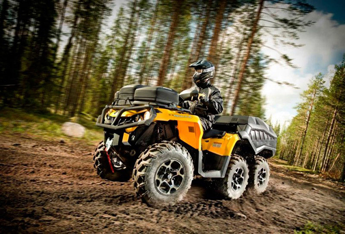 Новый квадроцикл «Can Am Outlander 6x6 1000 XT»