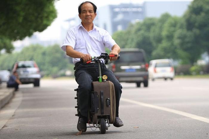 Мотоцикл или чемодан