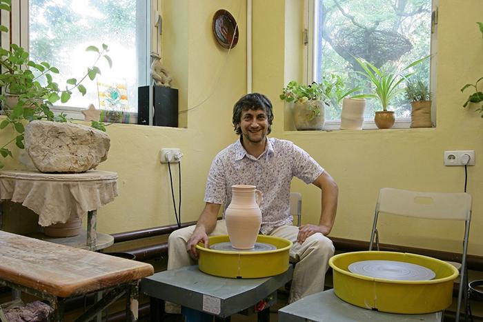 Обаяние декоративной керамики – скромное и не очень