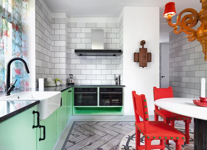 4-hod-korolevoj-fyuzhn-apartamenty-ot-studio-job