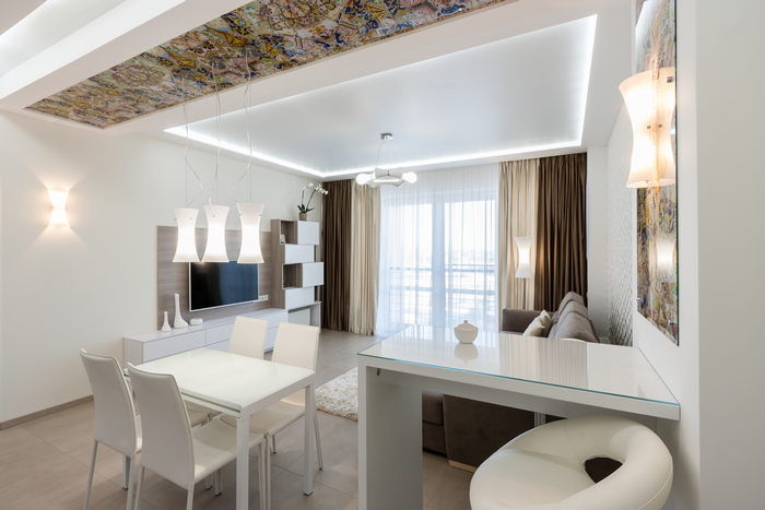 4-svetlaya-uyutnaya-legkaya-dizajn-dvuhkomnatnoj-kvartiry-v-sovremennom-stile