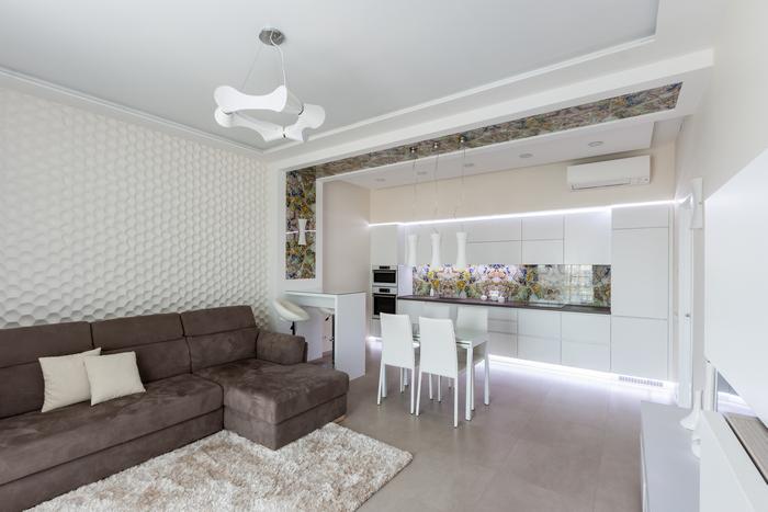 6-svetlaya-uyutnaya-legkaya-dizajn-dvuhkomnatnoj-kvartiry-v-sovremennom-stile