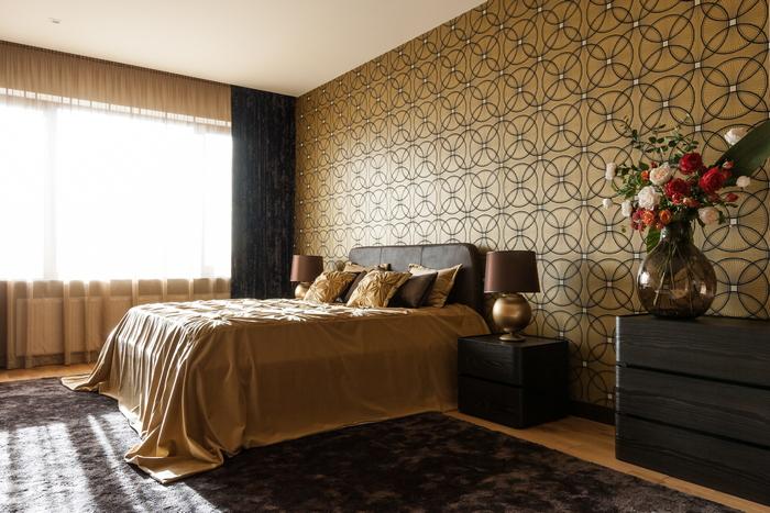 17 stena-kak-vizualnyj-aktsent-interer-ot-np-interior-design