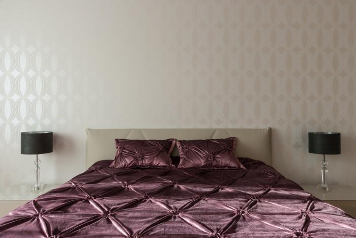 19 stena-kak-vizualnyj-aktsent-interer-ot-np-interior-design