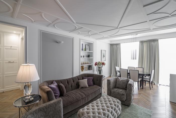 Неоклассицизм по-французски: квартира с видом на Днепр