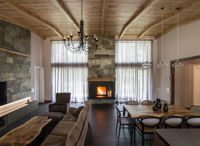 Интерьер дома от Александра Остапенко: слияние с природой