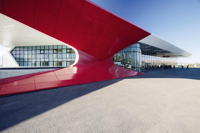 Аэропорт как архитектура будущего, или ворота в небо
