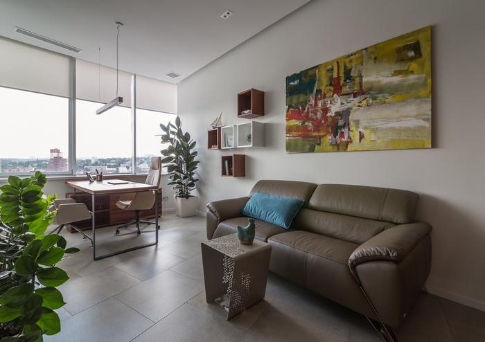 Интерьер офиса в центре Днепра: на работе, как дома