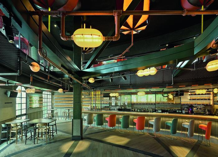 Пивной ресторан в Стамбуле: пиво как элемент декора