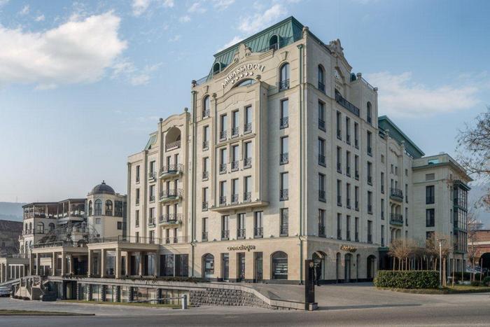 Отель Ambassadori в Тбилиси: Италия – Грузия транзит