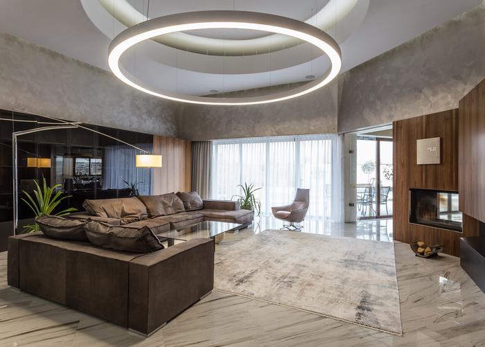 Дом от Nikolaienko Architects: резиденция на берегу реки