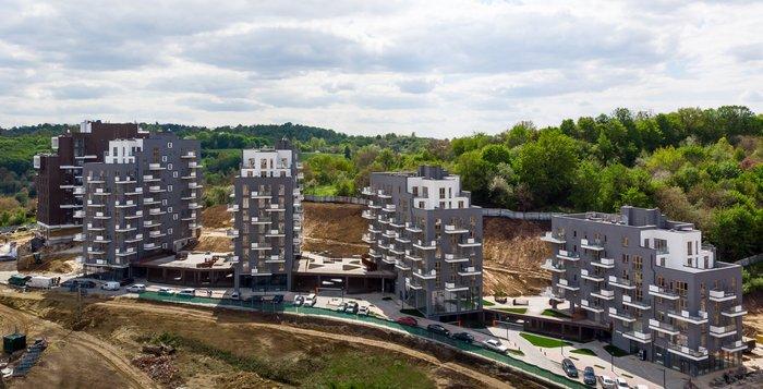 Жилой комплекс во Львове: дворы на стилобатах
