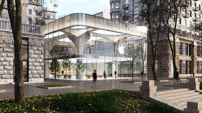 Apple на Крещатике: стекло, бетон и «сталинский ампир»