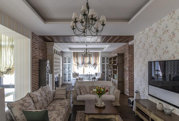 Прованс на Днепре: как устроить родовое гнездо в городской квартире