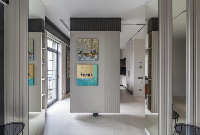 Квартира от «Хельга-дизайн»: горы, парашютисты и зеленая стена